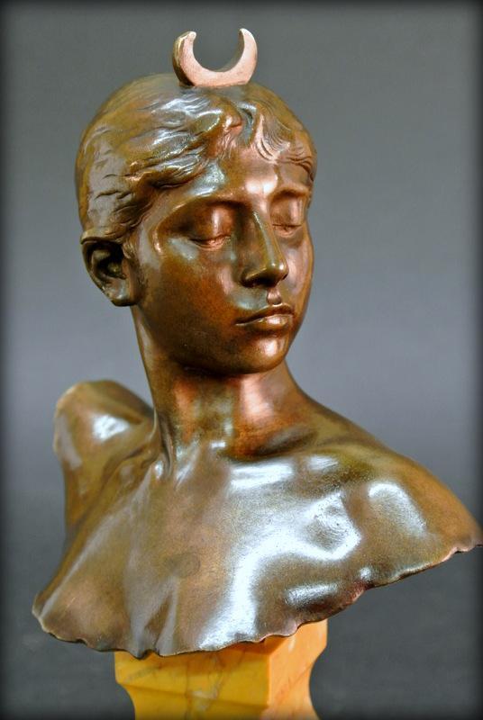 «Diane Chasseresse» par Falguière