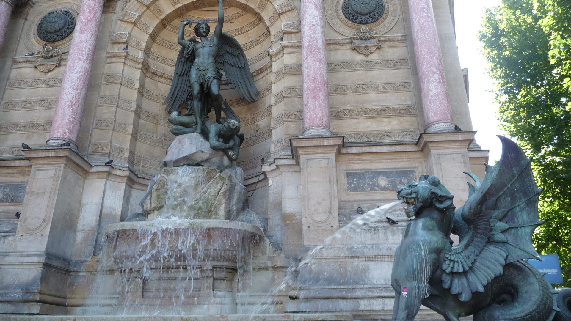 fontaine saint michel