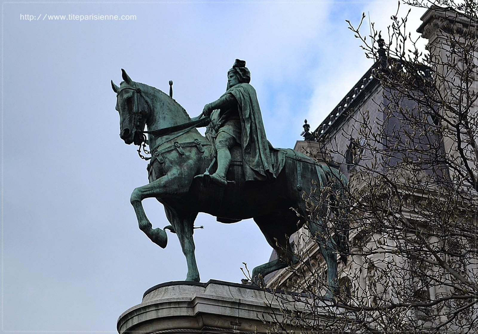 etienne marcel hotel de ville paris