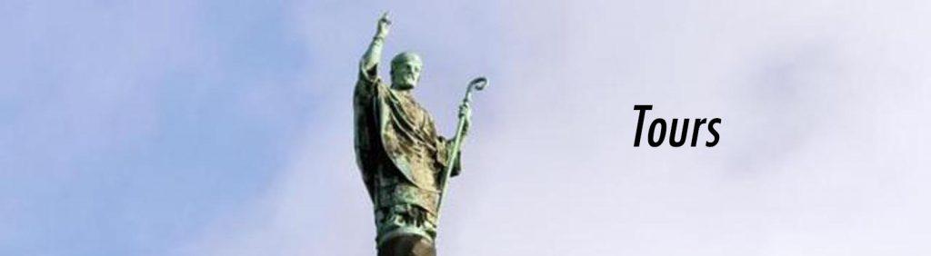 Statue de Saint-Martin, à Tours.